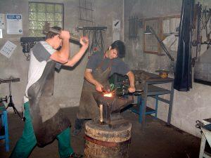 Design a zpracování kovů